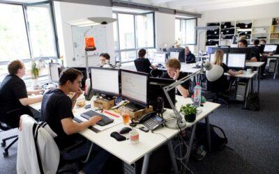 10 Perusahaan Besar Yang Menggunakan Linux